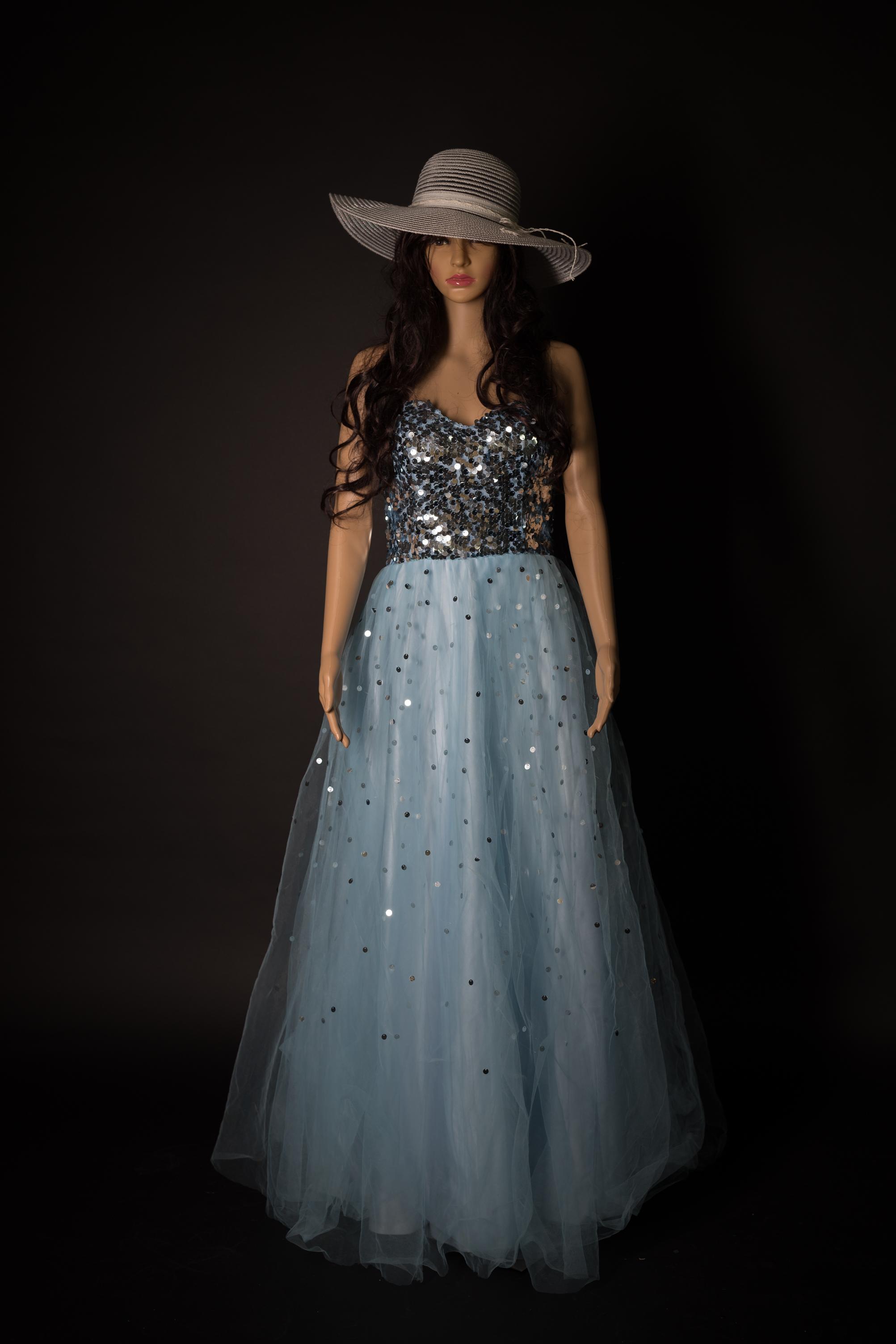 Prinzessinen Kleid hellblau